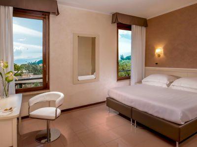 villa-aurelia-hotel-roma-camera-02