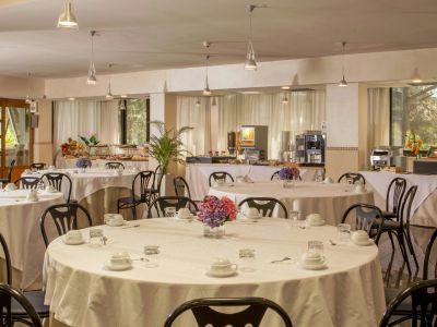 villa-aurelia-hotel-roma-desayuno-01