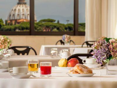 villa-aurelia-hotel-roma-colazione-02