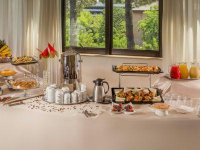 villa-aurelia-hotel-roma-colazione-12