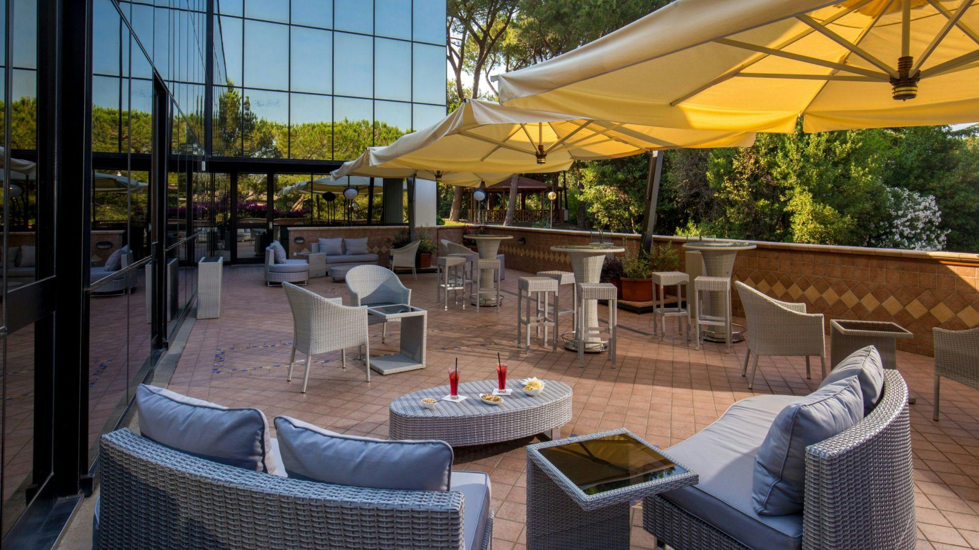 villa-aurelia-hôtel-rome-bar-panoramique-02